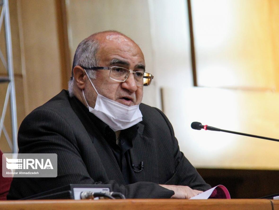 خبرنگاران استاندار: جوانان برای تحقق توسعه متوازن استان کرمان راه حل ارائه دهند